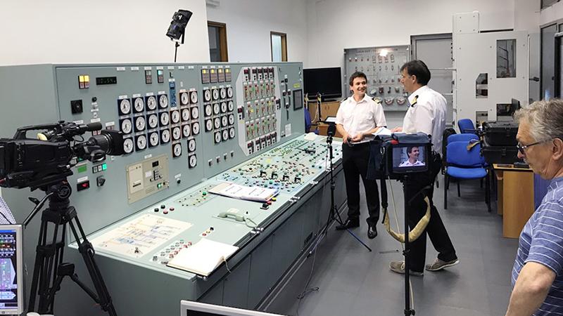 NEW VLCC荷役シミュレータ