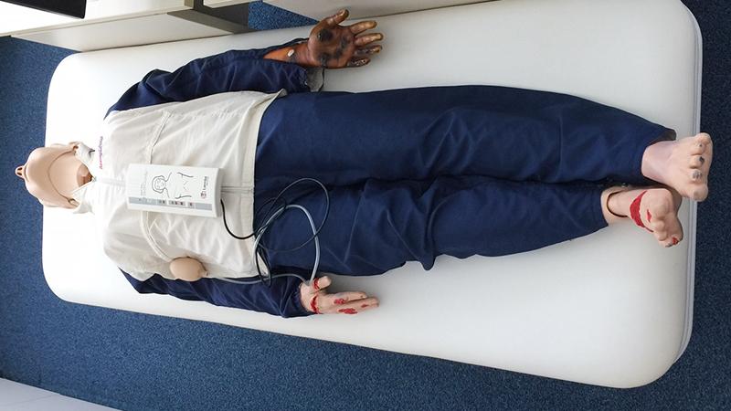 NEW 救命訓練機器
